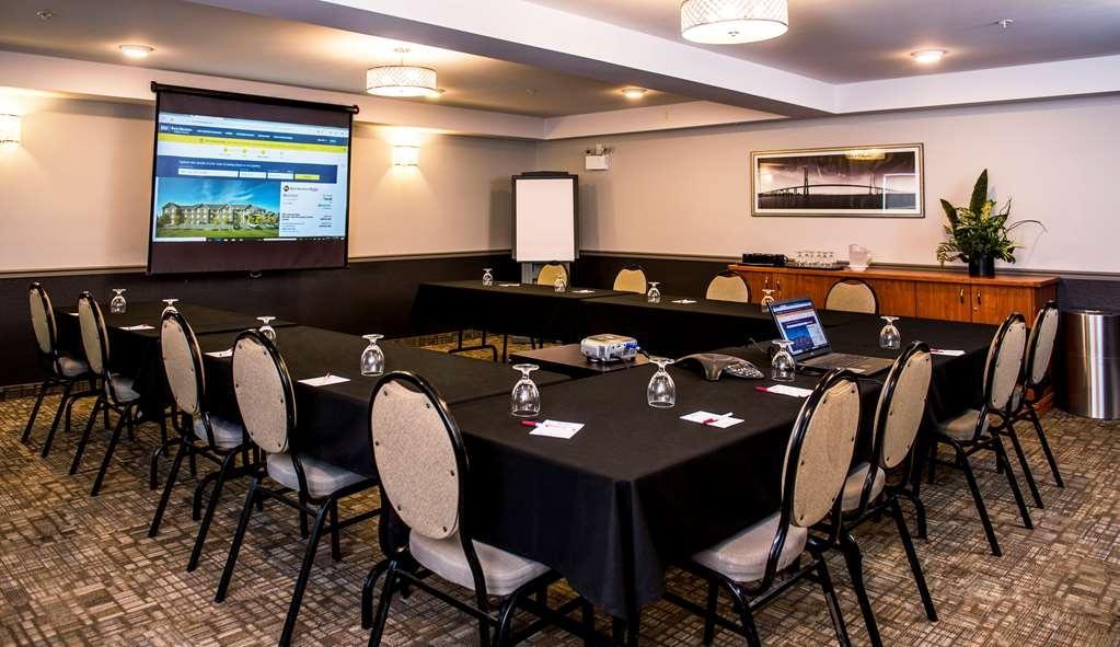Best Western Plus Moncton - Salle de réunion