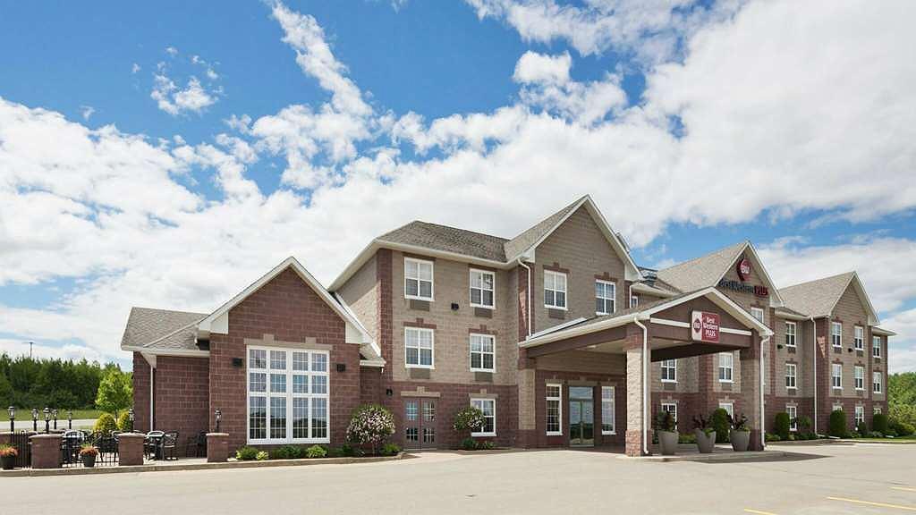 Best Western Plus Grand-Sault Hotel & Suites - Aussenansicht
