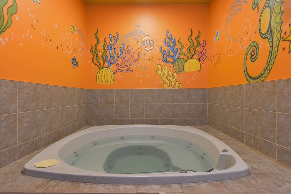 Best Western Plus Grand-Sault Hotel & Suites - bañera de hidromasaje