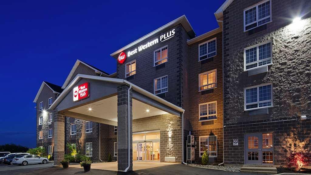 Best Western Plus Saint John Hotel & Suites - Aussenansicht