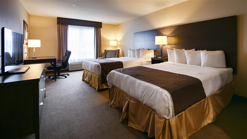 Best Western Plus Saint John Hotel & Suites - Looking for a room with two queen beds for the family? We've got you covered!