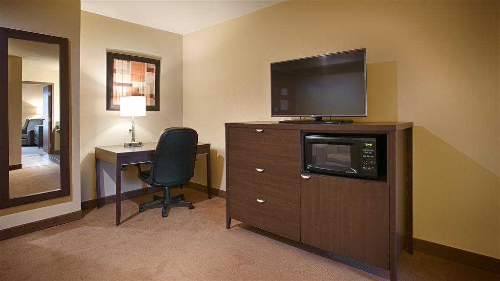 Best Western Plus Saint John Hotel & Suites - All of our suites are equipped with a mini refrigerator and microwave.