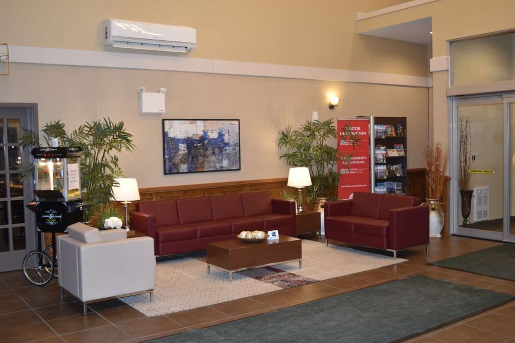 Best Western Plus Saint John Hotel & Suites - Hall