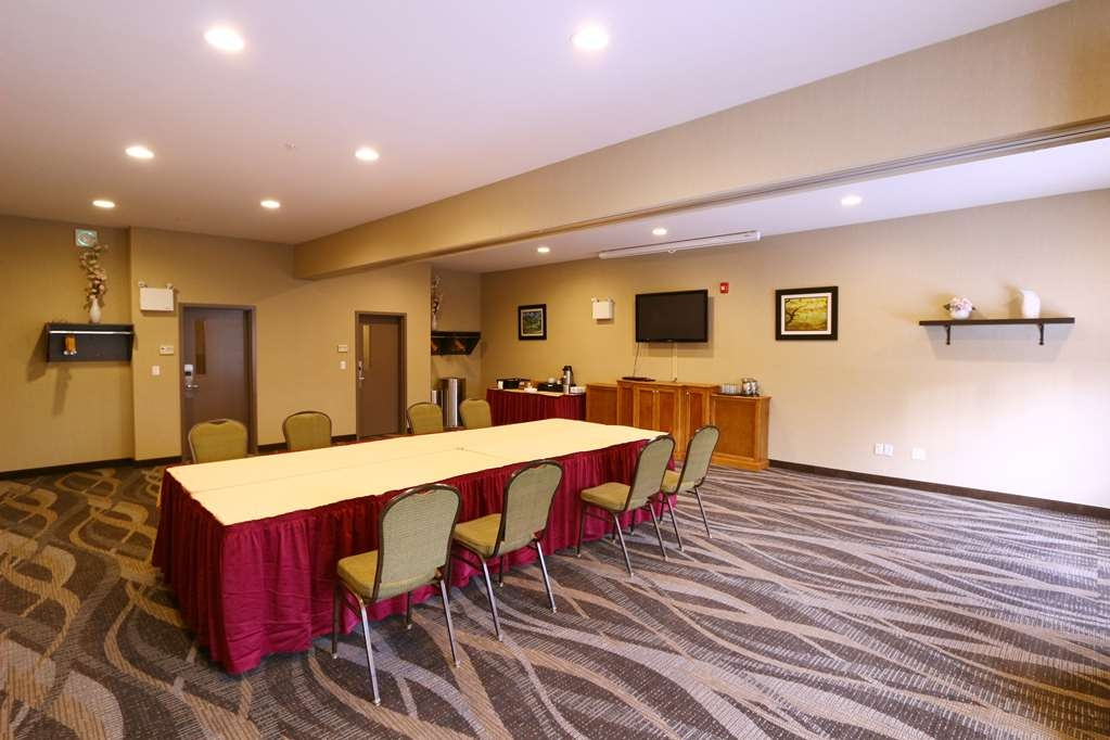 Best Western Plus Saint John Hotel & Suites - Contact us today and reserve our meeting room for your next seminar, presentation or gathering. We offer catering options as well.
