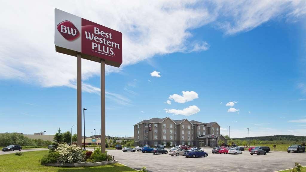 Best Western Plus Saint John Hotel & Suites - Vista Exterior