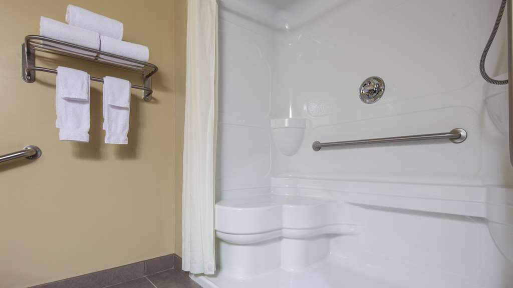 Best Western Plus Saint John Hotel & Suites - Spacious bathroom featuring a walk-in shower for our King Accessible Room.