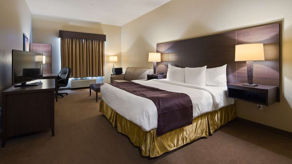 Best Western Plus Saint John Hotel & Suites - If you require an accessible room, we've got you covered. Features a King bed plus a sofabed for visitors or additional guests. Please mention upon booking if you require a walk-in shower.