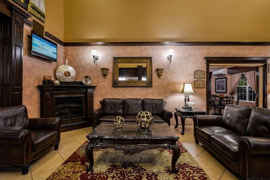 Hotel in Fredericton | Best Western Plus Fredericton Hotel