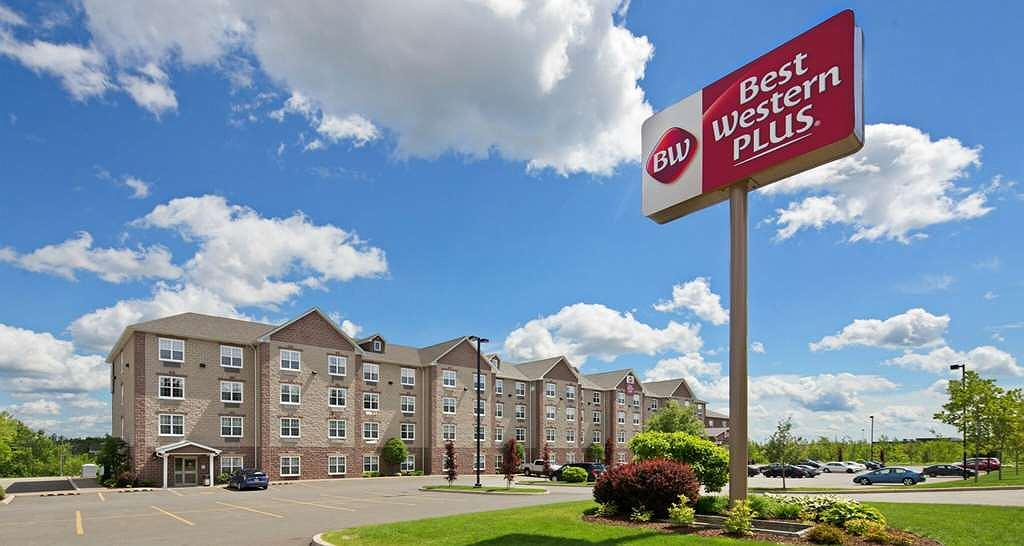Best Western Plus Fredericton Hotel & Suites - Best Western Plus Fredericton Hotel & Suites offering free hot breakfast, high-speed Internet and free parking.