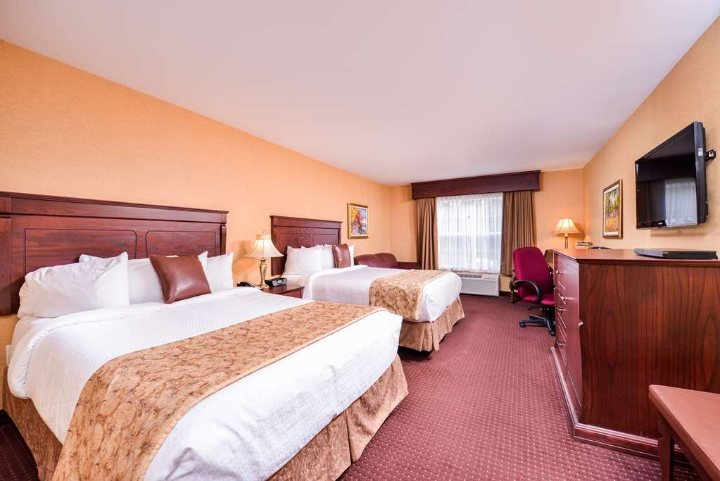 Best Western Plus Fredericton Hotel & Suites - Camera con letto king size