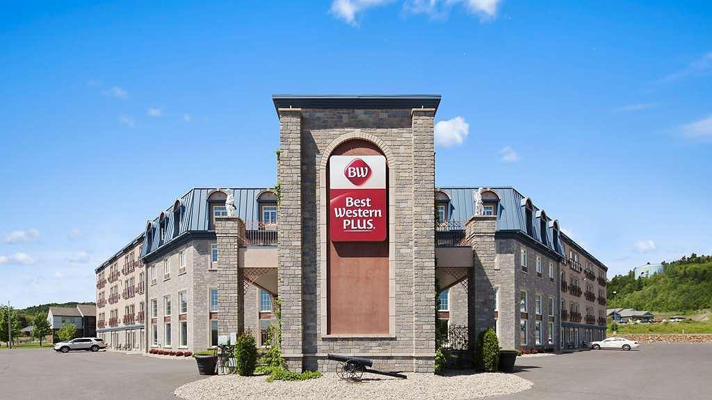 Best Western Plus Edmundston Hotel - Aussenansicht