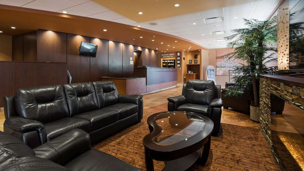 Best Western Plus Bathurst Hotel & Suites - Our lobby offers a fireplace to stay warm and plenty of space read or socialize with colleagues and friends.