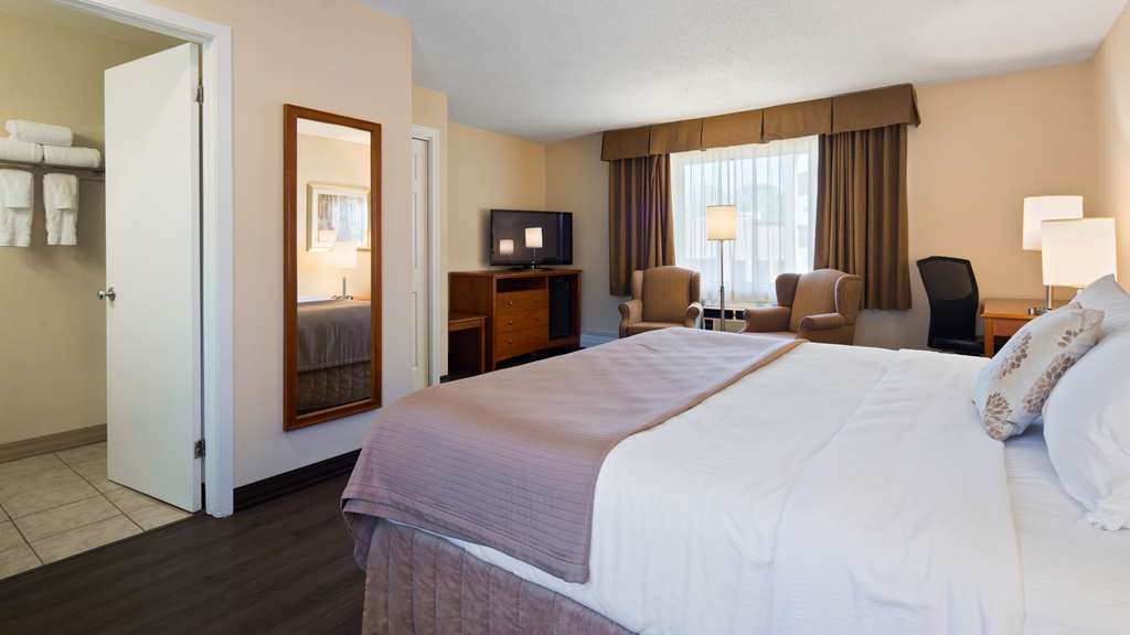 Best Western Truro - Glengarry - At the end of a long day, relax in comfortable, spacious rooms.
