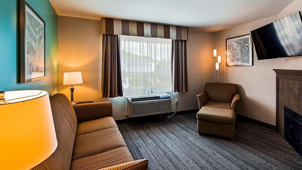 Hotel in Halifax | Best Western Plus Chocolate Lake Hotel