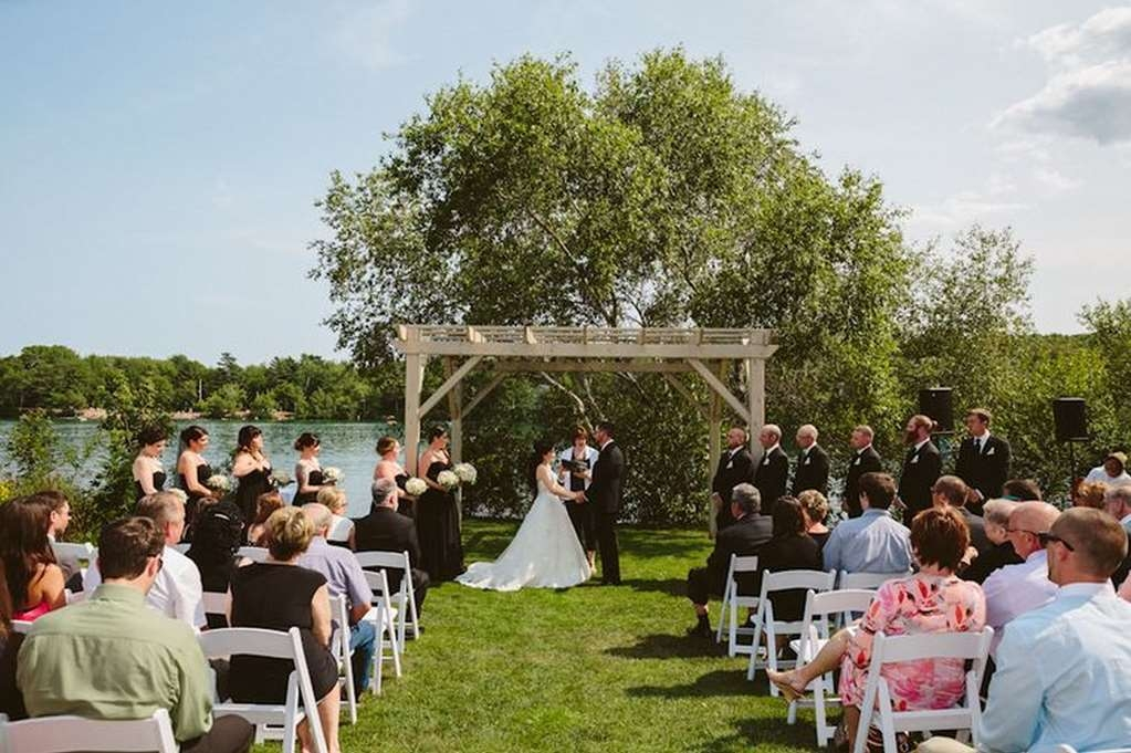 Best Western Plus Chocolate Lake Hotel - Celebrating Life's Sweetest Events - Book your wedding with us!