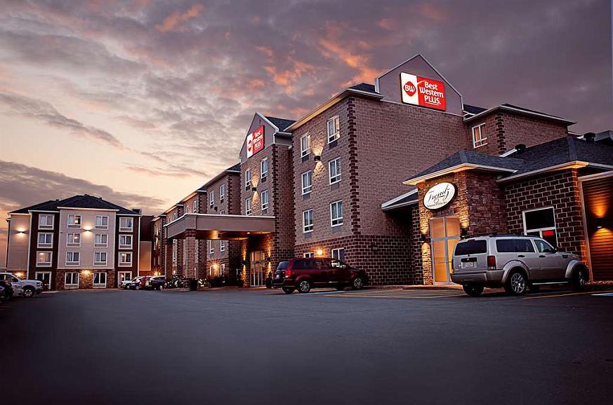 Best Western Plus Dartmouth Hotel & Suites - Aussenansicht