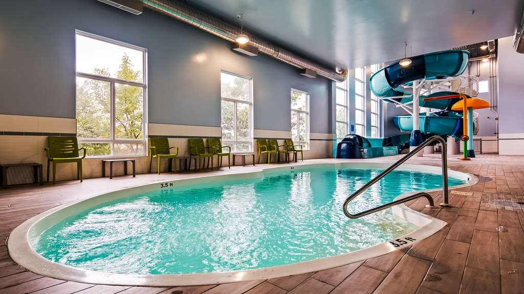 Best Western Plus Dartmouth Hotel & Suites - Indoor Pool