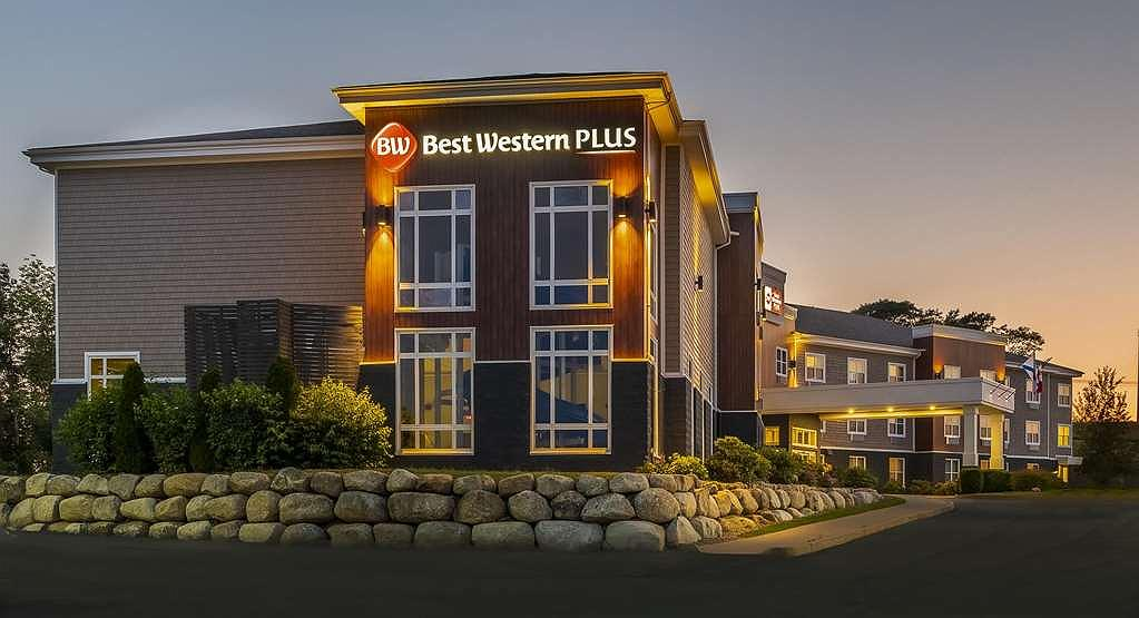 Best Western Plus Bridgewater Hotel & Convention Centre - Welcome to Bridgewater, known as the Main Street of the South Shore!