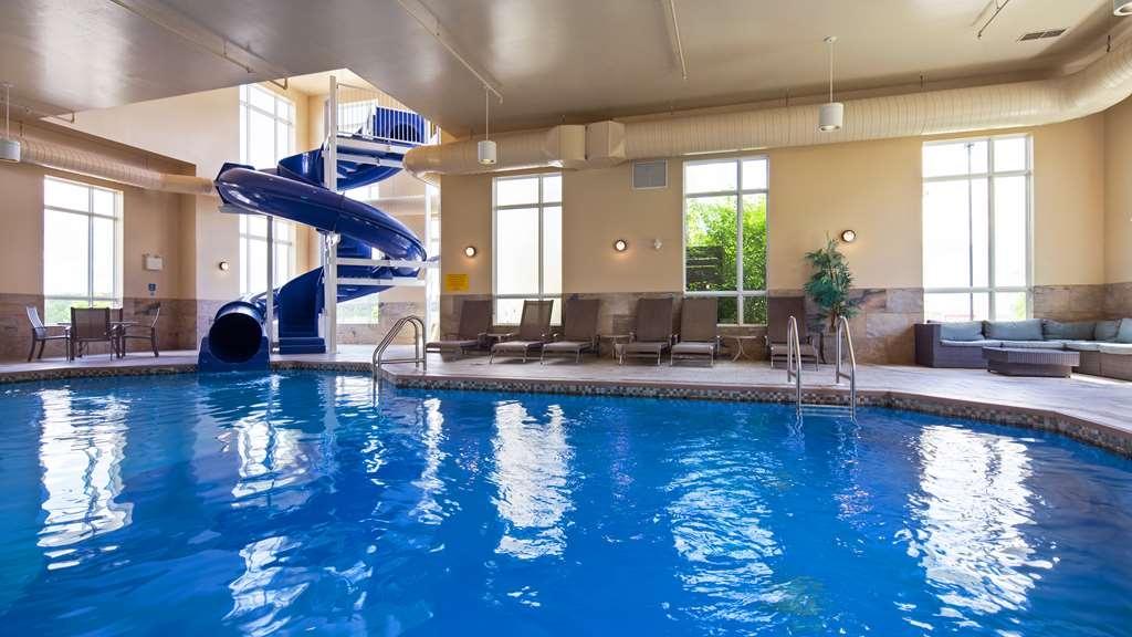 Best Western Plus Bridgewater Hotel & Convention Centre - Vista de la piscina