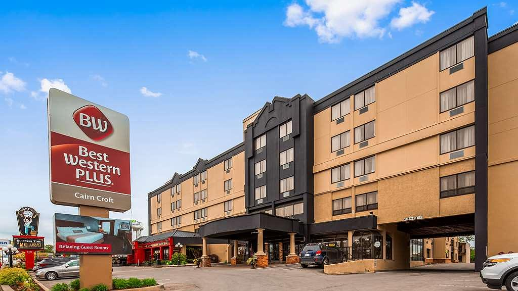 Hotel In Niagara Falls Best Western Plus Cairn Croft Hotel