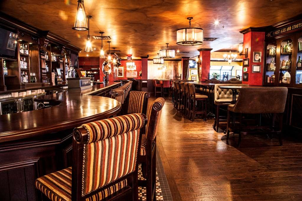 Best Western Plus Cairn Croft Hotel - One of the top 10 Irish Pubs in North America as awarded by Irish Pubs Global. On-site and ready to welcome you to a taste of Ireland. Live music, craft beer and open for breakfast, lunch & dinner.