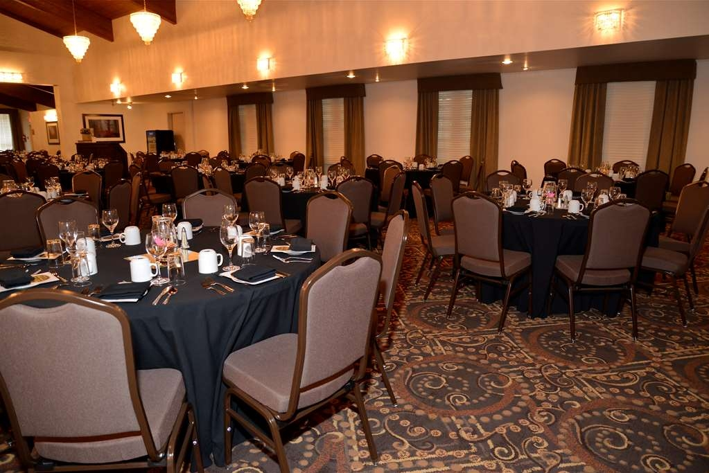 Best Western Plus Dryden Hotel & Conference Centre - Besprechungszimmer
