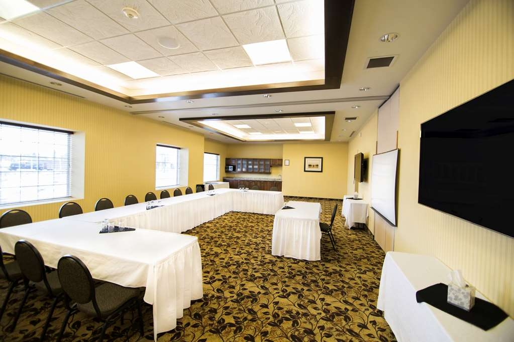 Best Western Plus Dryden Hotel & Conference Centre - We are Dryden's Only Full Service Convention Hotel. We feature 7 unique meeting rooms and banquet halls.