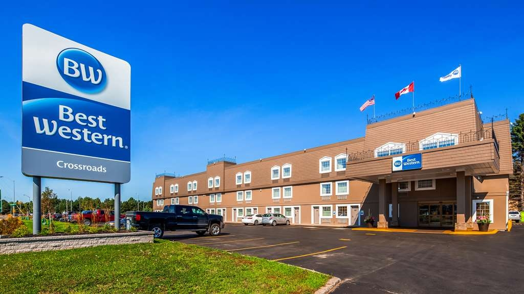 Best Western Thunder Bay Crossroads - Hotel Exterior