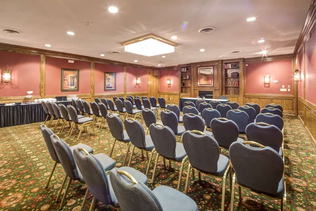 Best Western Plus Guildwood Inn - Flexible meeting set-ups plus a full array of onsite catering options will ensure the success of your meeting or event!