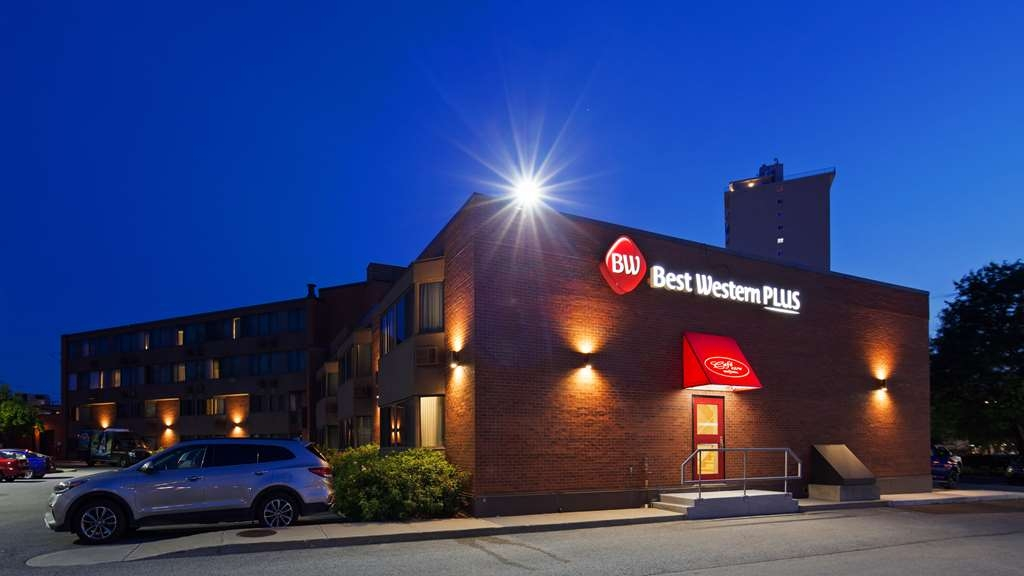 Best Western Plus Ottawa City Centre - Vista Exterior
