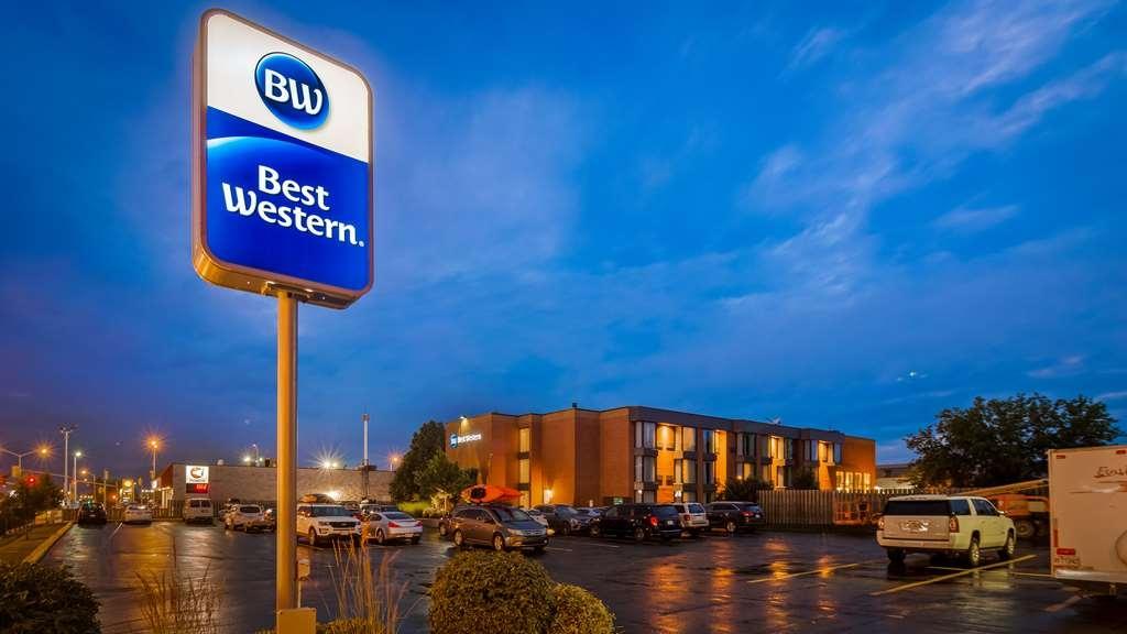 Best Western Belleville - Facciata dell'albergo