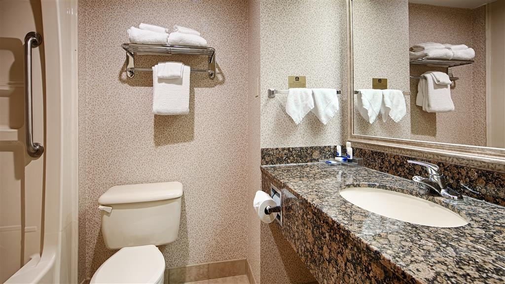 Best Western Plus Toronto Airport Hotel - Forgot Shampoo? Don't worry we have you covered, complimentary shampoo, conditioner and lotion are provided.