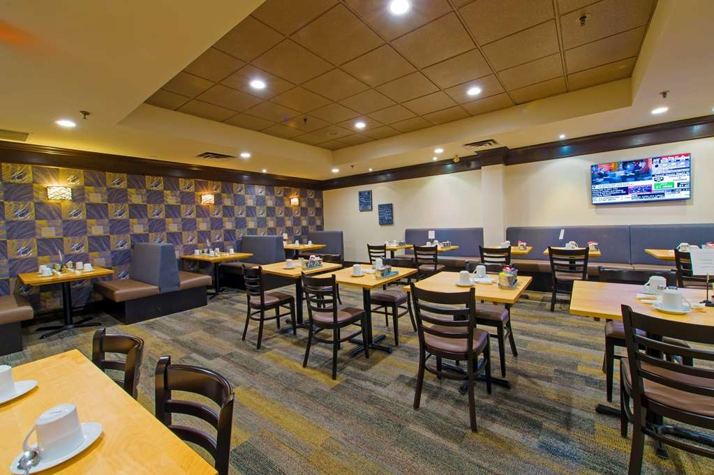Best Western Plus Toronto Airport Hotel - Restaurant / Etablissement gastronomique