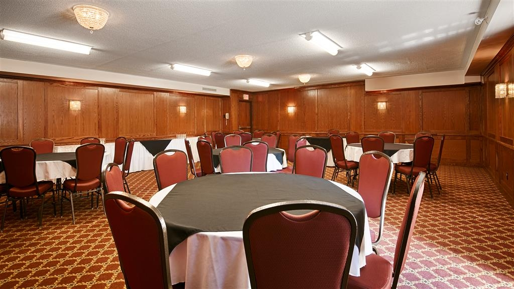 Best Western Plus Cobourg Inn & Convention Centre - Tanzsaal