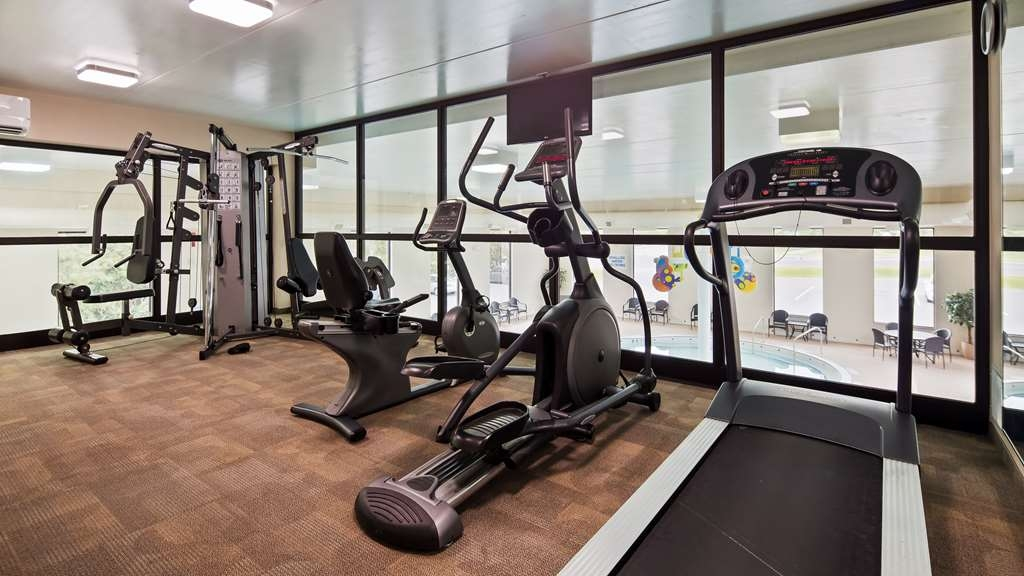 Best Western Plus Cobourg Inn & Convention Centre - Don't miss a workout in our Fitness Room