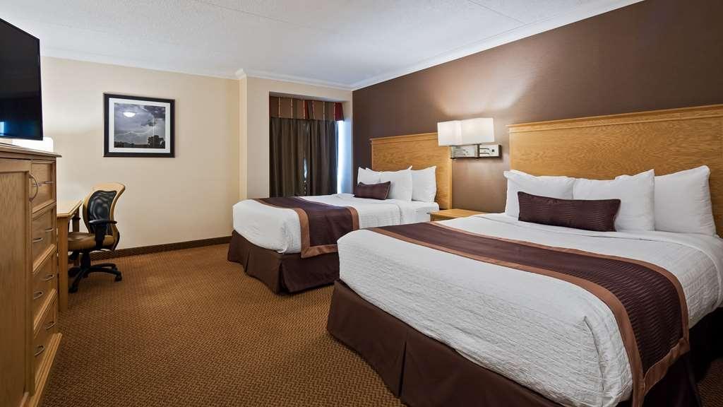 Best Western Plus Cobourg Inn & Convention Centre - 2 Queen Beds