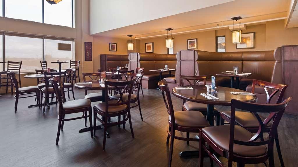 Best Western Pembroke Inn & Conference Centre - Restaurant / Gastronomie