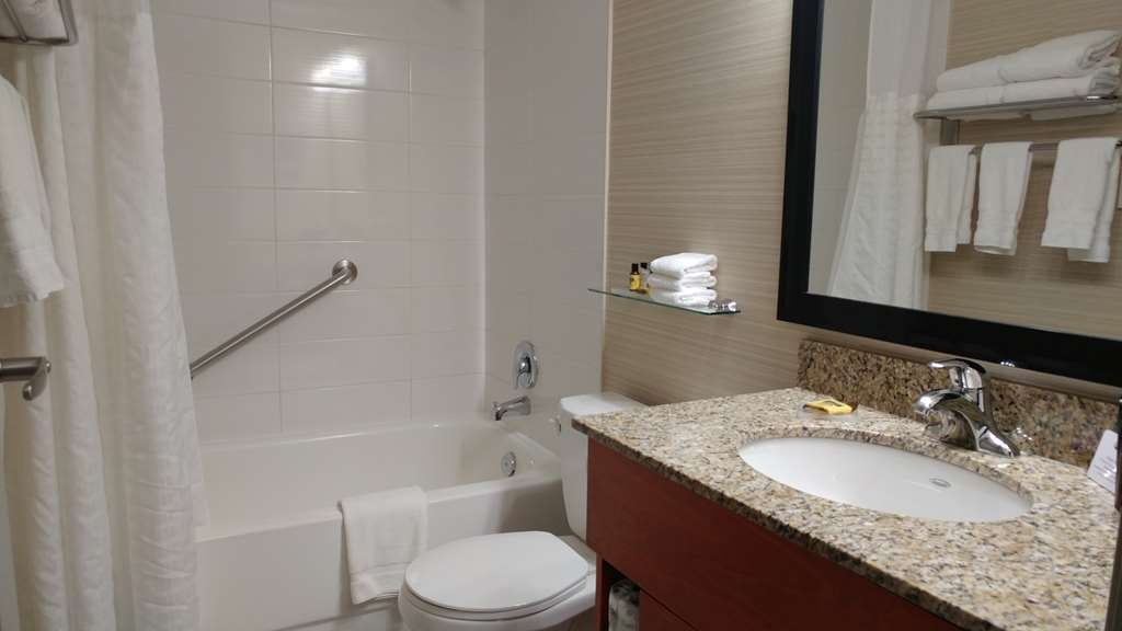 Best Western Plus Rose City Suites - Habitaciones/Alojamientos