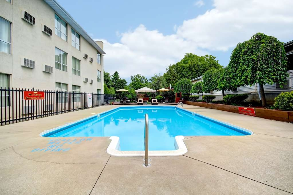 Best Western Little River Inn - Piscina