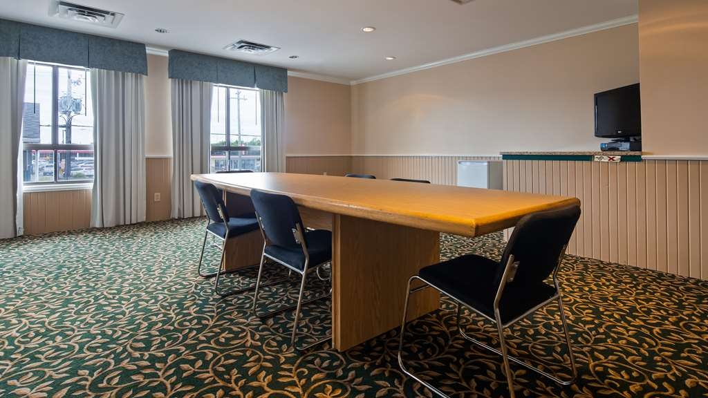 Best Western Smiths Falls Hotel - Meeting Room