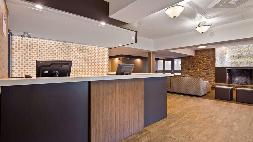 Best Western Plus Ottawa Kanata Hotel & Conference Centre - Vue du lobby