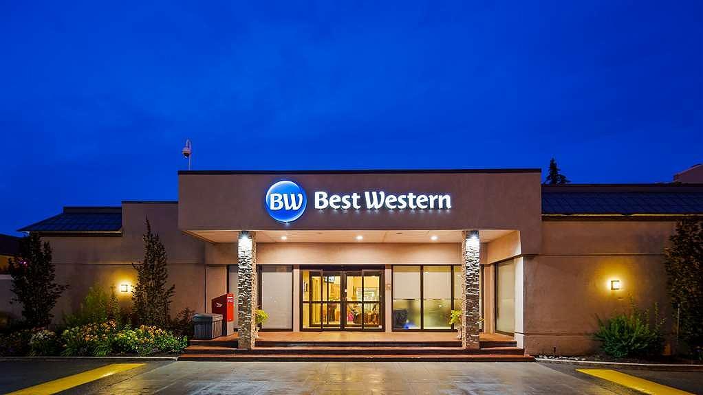 Best Western Parkway Hotel Toronto North - Façade
