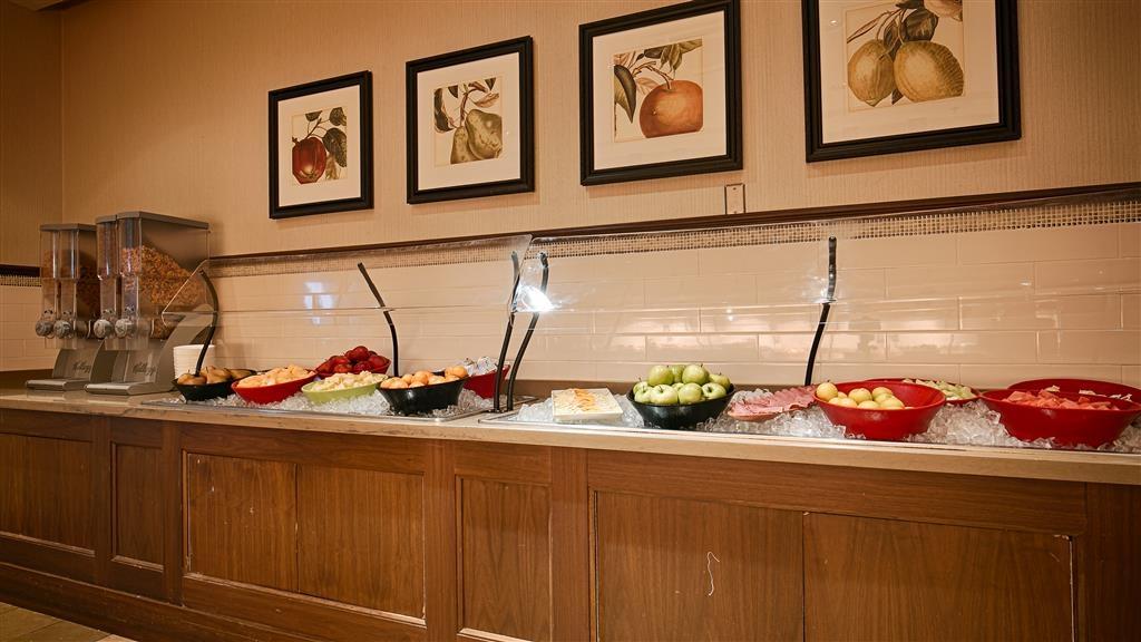 Best Western Parkway Hotel Toronto North - Prima colazione a buffet