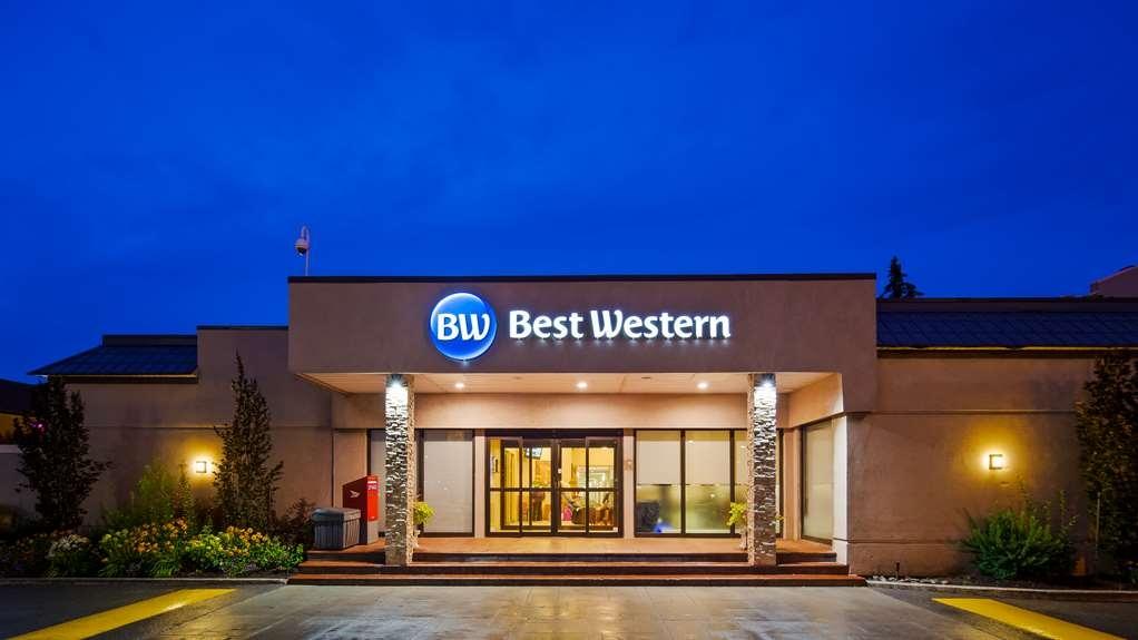 Best Western Parkway Hotel Toronto North - Facciata dell'albergo