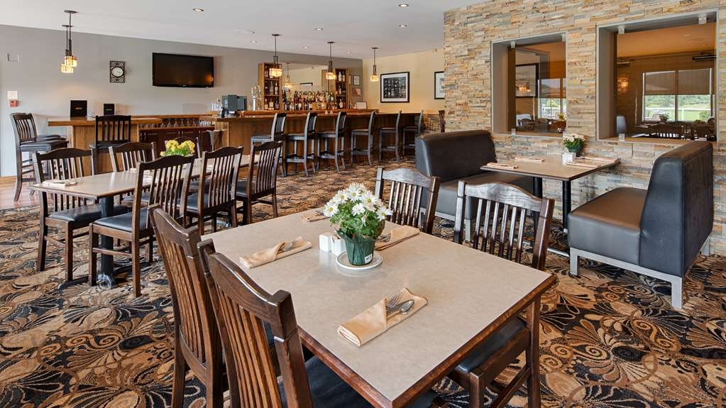 Best Western Plus NorWester Hotel & Conference Centre - Restaurant / Gastronomie