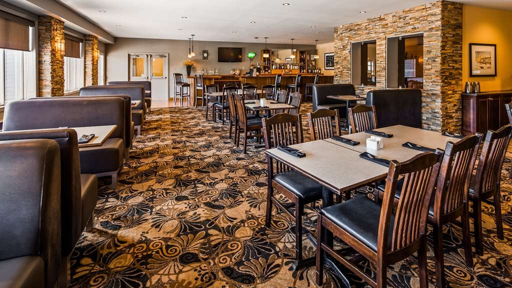Best Western Plus NorWester Hotel & Conference Centre - Breakfast Area