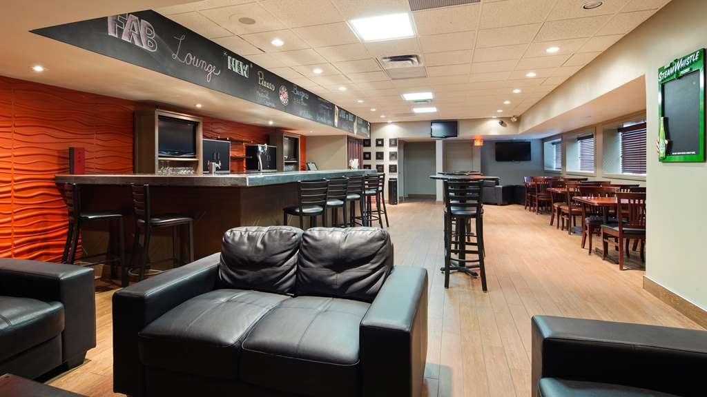 Best Western North Bay Hotel & Conference Centre - Bar/Salón