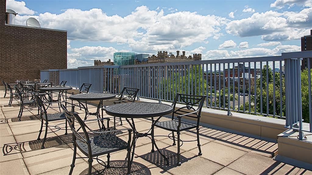 Hotel in Ottawa | Best Western Plus Ottawa Downtown Suites