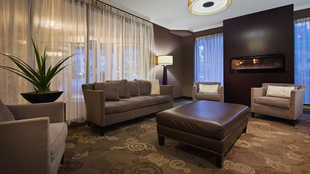 Best Western Plus Ottawa Downtown Suites - Hotel Lobby