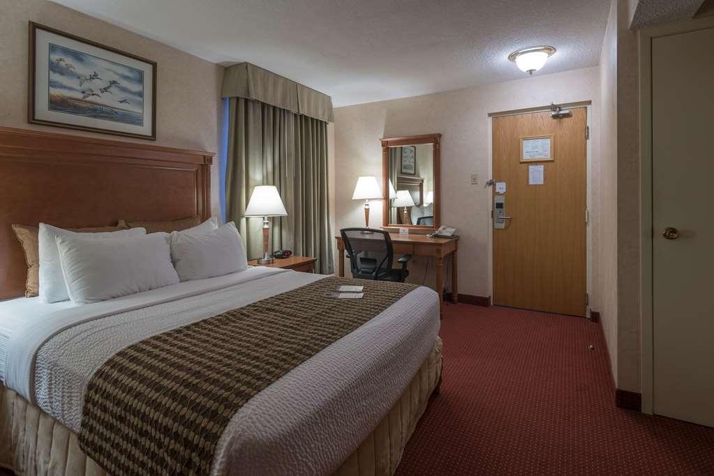 Best Western Plus Otonabee Inn - Guest room